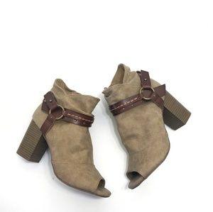 SO tan open toe stack heeled buckle booties 7